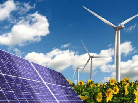 zonnepanelen en windmolens in een veld zonnebloemen hernieuwbare energie