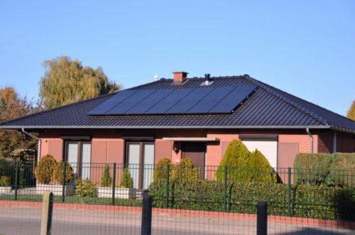 zonnepanelen installatie bij een particulier in neeroeteren 3