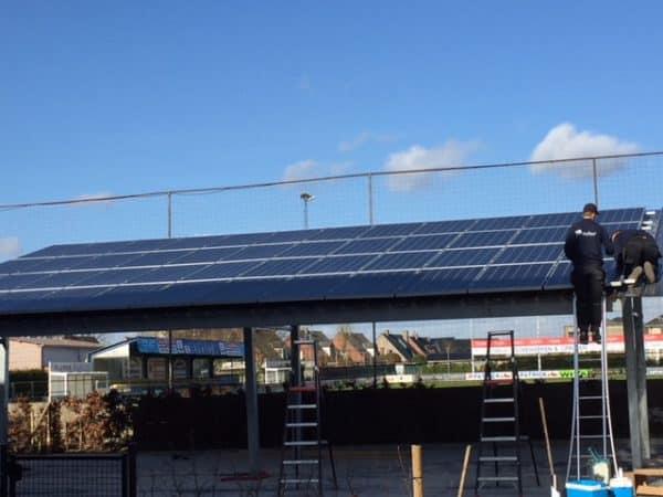 plaatsing carport met zonnepanelen