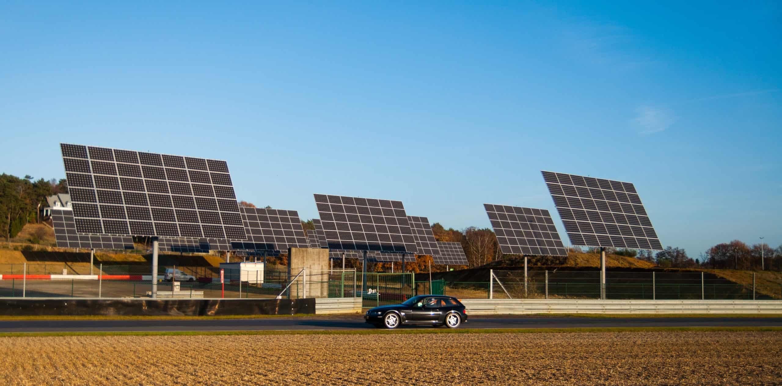 zonnetrackers op circuit zolder